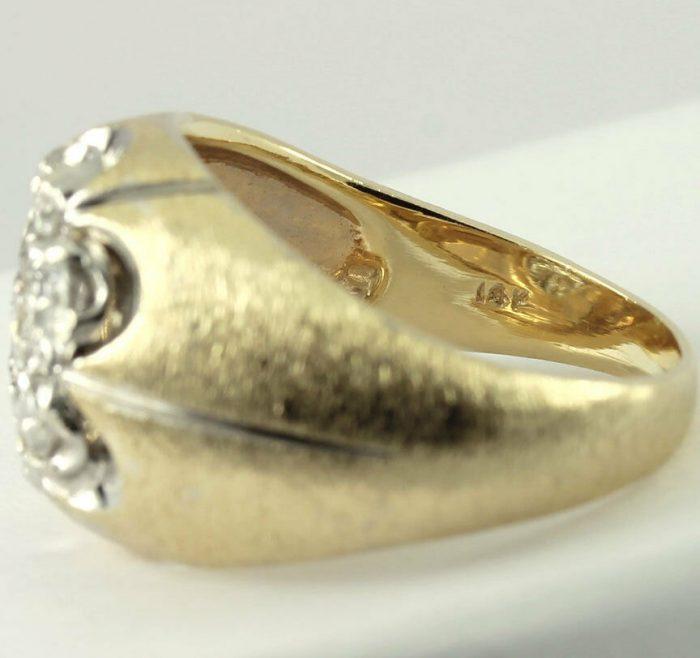 adina-gold-Diamond cluster Florentine ring