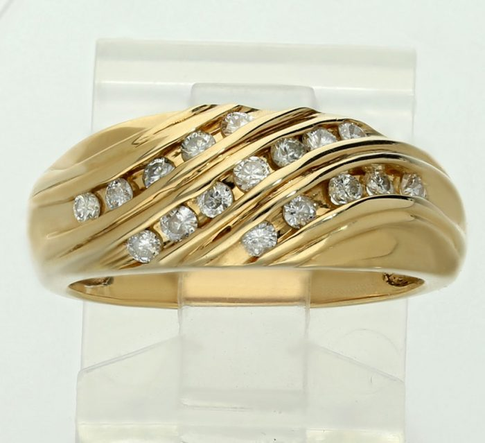 best-prices-30ct-diamond-wave-ring-for-sale